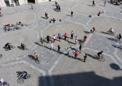 Flash mob Sobivanje na Glavnem trgu